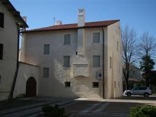 Foto - Palazzo / Stabile tre piani, ottimo stato, Portobuffolè