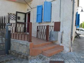 Foto - Trilocale buono stato, piano terra, Castelplanio