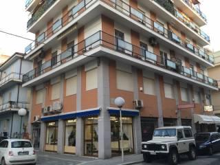 Foto - Trilocale ottimo stato, primo piano, Via Nicola Fabrizi, Pescara
