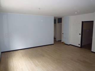 Foto - Appartamento buono stato, secondo piano, Alba