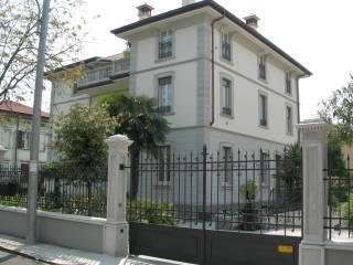 Foto - Bilocale via Giovanni Pascoli 27, Quartiere dei Poeti, Brescia