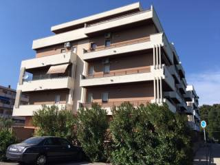 Foto - Quadrilocale ottimo stato, secondo piano, Pineta, Pescara