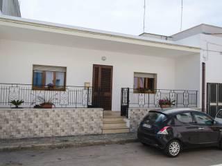Foto - Quadrilocale via Brescia 43, Alessano