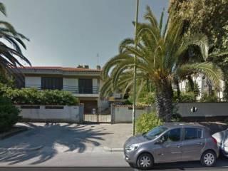 Foto - Villa viale Primo Vere 46, Pineta, Pescara