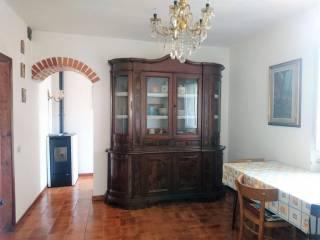 Foto - Quadrilocale buono stato, primo piano, Montepiano, Vernio