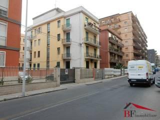 Foto - Appartamento terzo piano, Piazza Lincoln, Vulcania, Catania