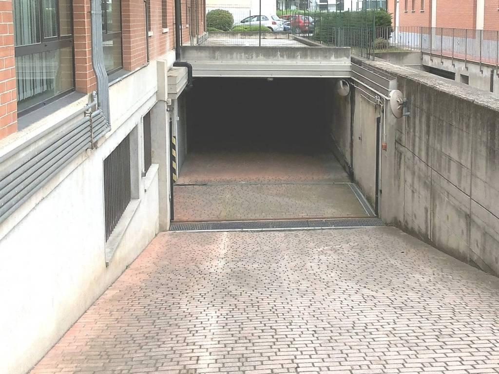 foto rampa d'accesso Car box / Garage corso Bra, Alba