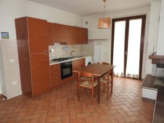 Foto - Bilocale nuovo, secondo piano, Foligno