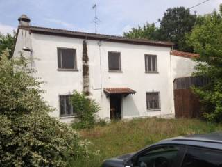 Foto - Rustico / Casale, da ristrutturare, 335 mq, San Benedetto Po
