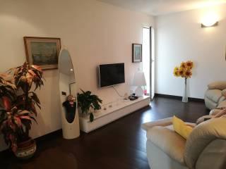 Foto - Appartamento via Chiappino 48, Savona