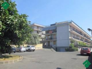 Foto - Bilocale via Bronte, 76, Catania
