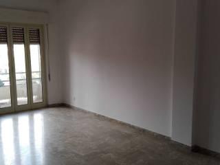 Foto - Quadrilocale buono stato, quinto piano, Oneglia, Imperia