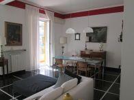 Foto - Quadrilocale ottimo stato, terzo piano, Genova