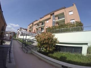 Foto - Trilocale ottimo stato, terzo piano, L'Aquila