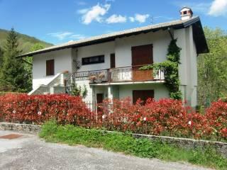 Foto - Villa via Santa Valeria 11, Sormano