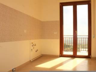 Foto - Trilocale ottimo stato, terzo piano, Matera