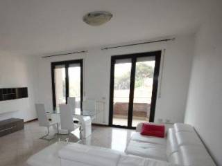 Foto - Appartamento ottimo stato, terzo piano, Accademia, Livorno