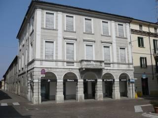 Foto - Palazzo / Stabile via Guglielmo Marconi 2, Robbio