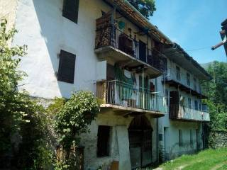 Photo - Building via Villanova 44, Bobbio Pellice