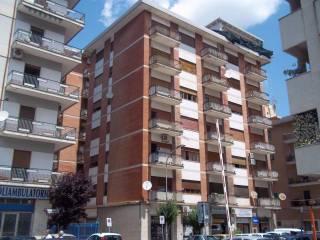 Foto - Quadrilocale da ristrutturare, terzo piano, Centro città, Cosenza