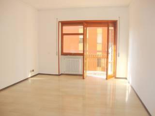 Foto - Trilocale buono stato, quarto piano, Centro città, Isernia