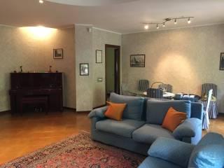 Foto - Quadrilocale buono stato, primo piano, Appia Pignatelli, Roma