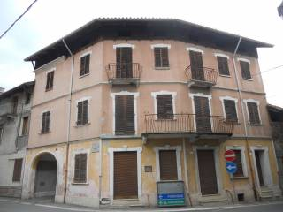 Photo - Country house, to be refurbished, 190 sq.m., Caravino
