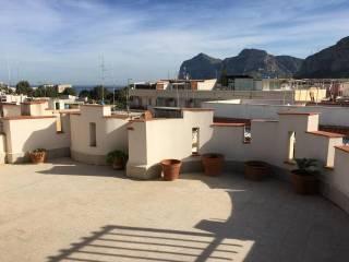 Foto - Bilocale ottimo stato, terzo piano, Isola Delle Femmine