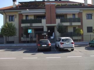 Foto - Monolocale via Fratelli Sanchioli, Magenta
