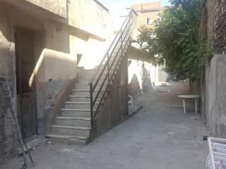 Foto - Appartamento da ristrutturare, piano terra, Via Plebiscito, Catania