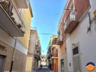 Foto - Trilocale via pietrantonio rosso, 29, Manfredonia