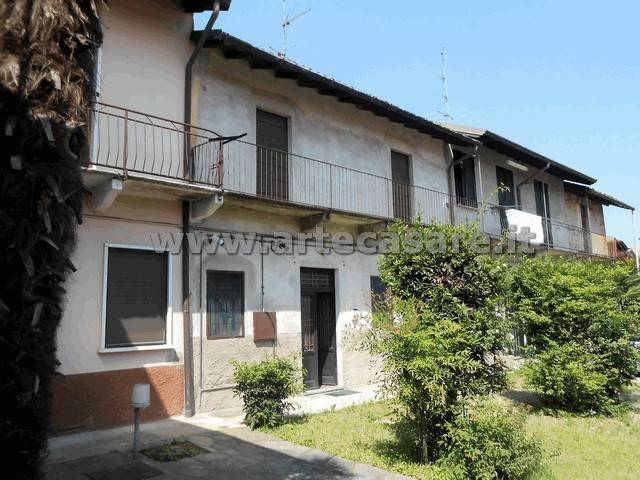 foto  Country house, to be refurbished, 116 sq.m., Arconate