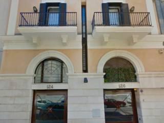 Foto - Palazzo / Stabile tre piani, ottimo stato, Murat, Bari