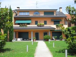 Foto - Villa via Arcivescovo Oscar A  Romero, Olgiate Olona