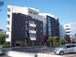 Foto - Trilocale ottimo stato, quarto piano, Quattromiglia, Rende