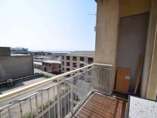 Foto - Bilocale via Voltri, Voltri, Genova