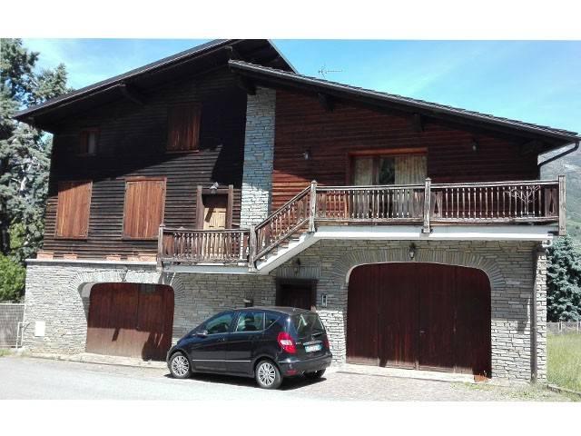 Villa in vendita a Fenis, 6 locali, prezzo € 195.000 | Cambio Casa.it