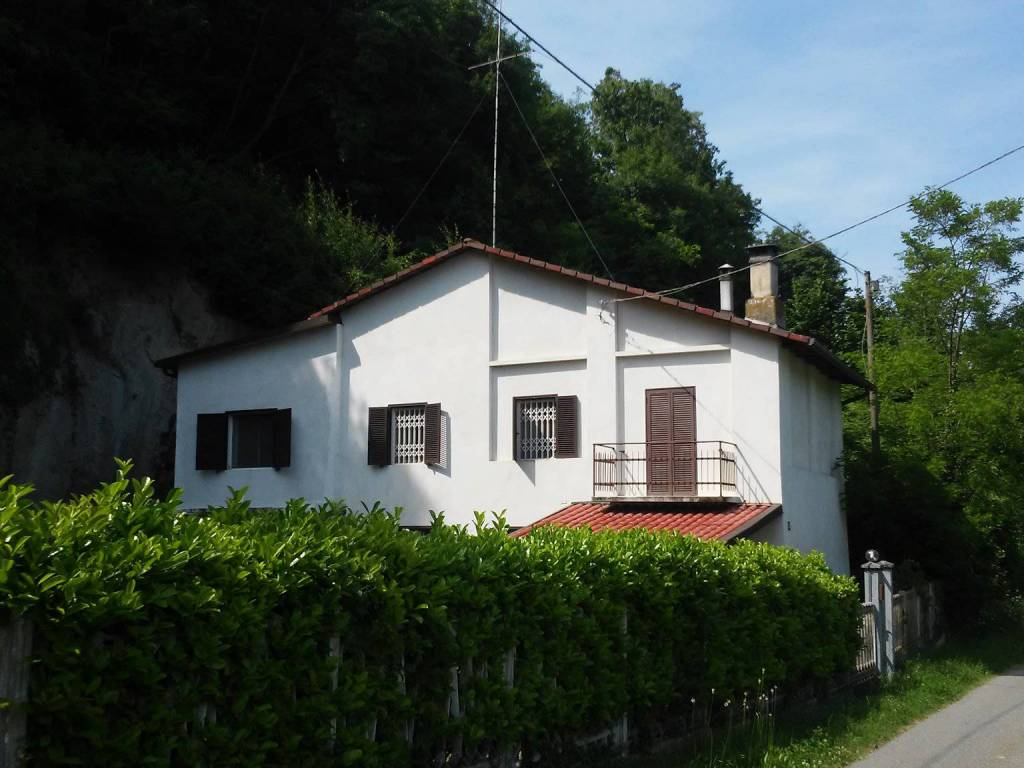Foto 1 di Rustico / Casale Castelletto Merli