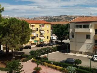 Foto - Quadrilocale ottimo stato, secondo piano, Villaggio Peruzzo, Agrigento