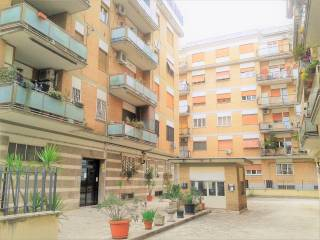 Foto - Quadrilocale primo piano, Collatino, Roma