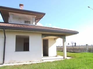 Foto - Villa, nuova, 137 mq, Sant'Alessio Con Vialone