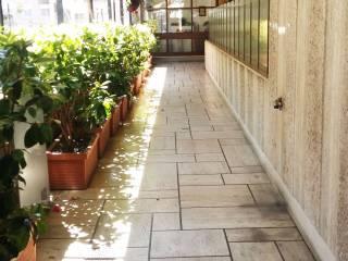 Foto - Quadrilocale da ristrutturare, secondo piano, Piazza dei Navigatori, Roma