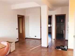 Foto - Appartamento ottimo stato, secondo piano, Colle Umberto