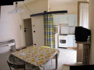 Foto - Appartamento da ristrutturare, terzo piano, Le Grazie, Ancona