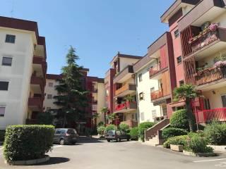 Foto - Quadrilocale buono stato, secondo piano, Santo Spirito, Bari