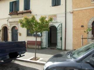 Foto - Palazzo / Stabile via Roma Ovest, Castelnuovo Di Farfa