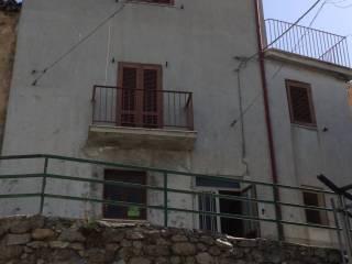 Foto - Palazzo / Stabile via Marina, Savelli