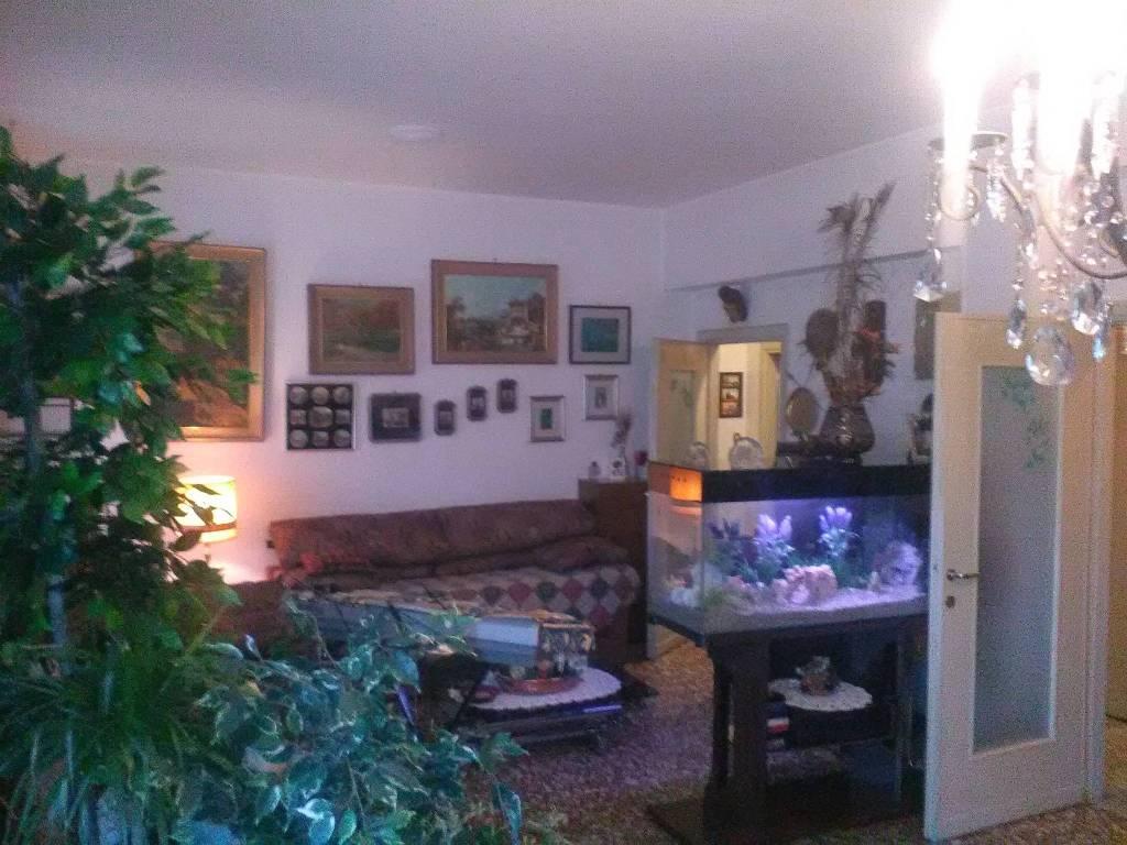foto soggiorno Quadrilocale buono stato, quarto piano, Milano