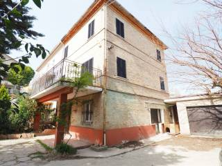 Foto - Casa indipendente 160 mq, buono stato, Morrovalle