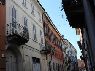 Foto - Palazzo / Stabile via Giuseppina Strepponi 14, Centro città, Lodi